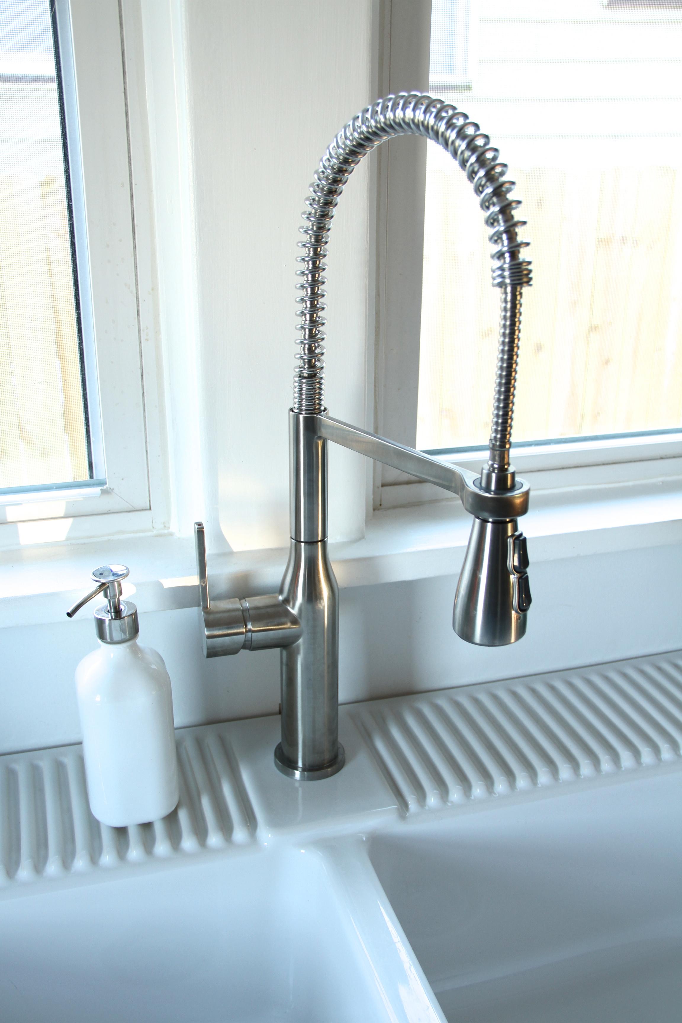 Kitchen Sink Love | Lifestyle & Design Online